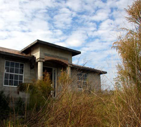 Florida home of the zombie foreclosures apocalypse for Foreclosed mansions in florida